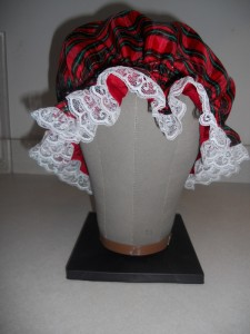 Plaid Taffeta Muffin Bonnet