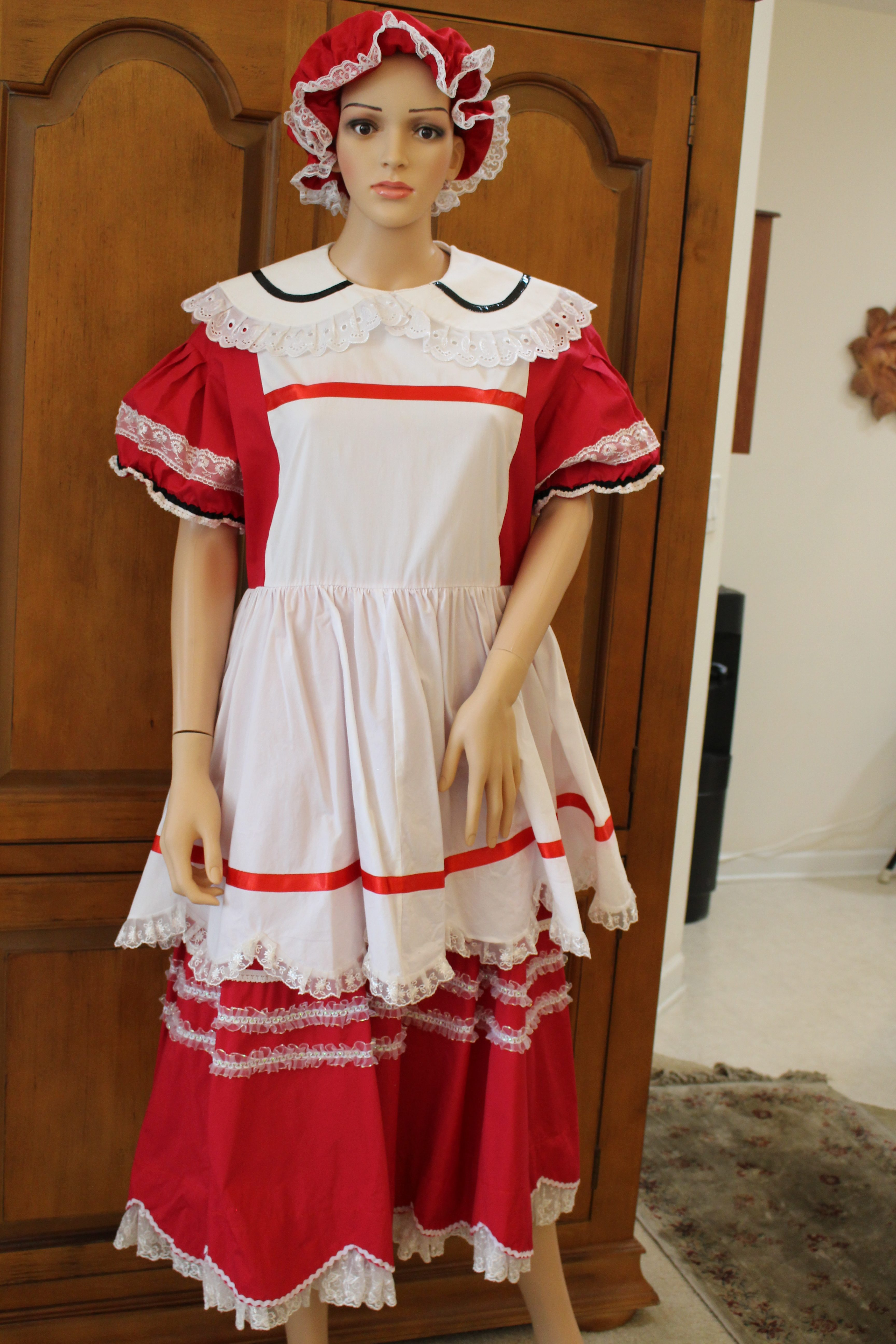 Mrs Claus Waisted Cotton Dress With Attached Apron Size